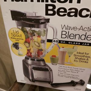 Hamilton beach Wave Action Blender for Sale in Houston, TX