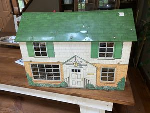 Vintage metal doll house for Sale in Rocky Mount, VA