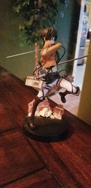 Attack on Titan anime figure toy statue for Sale in Vancouver, WA