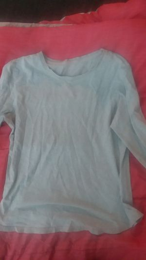Long sleeve grey hanes shirt for Sale in Oakland, CA
