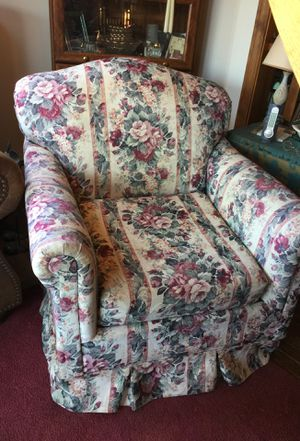 Very sturdy Stuffed chair for Sale in New York, NY