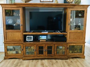 ENTERTAINMENT CENTER / TV STAND AND STORAGE (5 PIECE SET) — HIGH QUALITY, MSRP $1800 for Sale in Wellford, SC