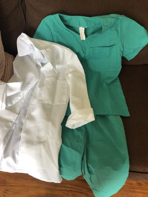 Dr costume for 6 to 7 year old for Sale in Newark, CA