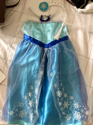 Disney's Elsa Dress, Cape, and Hair Piece for Sale in Centreville, VA