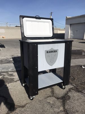 Custom Raiders Chest Cooler for Sale in Las Vegas, NV