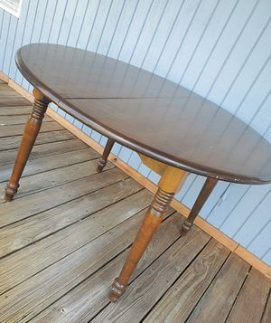 Antique/vintage dining table with 2 leaves for Sale in Davie, FL