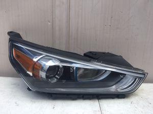 Hyundai Ioniq 2019 Headlight RH for Sale in Torrance, CA