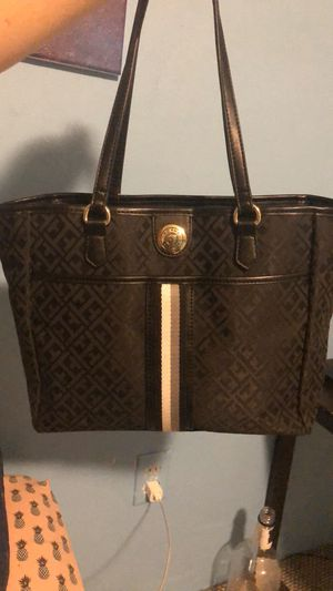 Tommy Hilfiger Tote Purse for Sale in Eau Claire, WI
