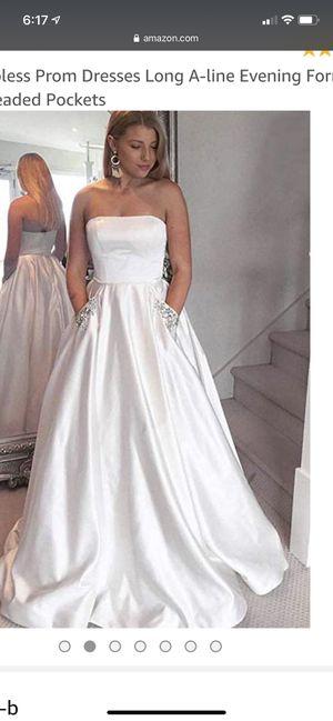 White dress wedding prom plus size for Sale in Burien, WA