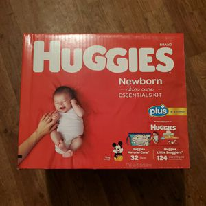 Huggies Newborn Skin Care Essentials Kit Includes 124 Little Snugglers Diapers + 32 Wipes ♡Shipping Only♡ for Sale in Pala, CA
