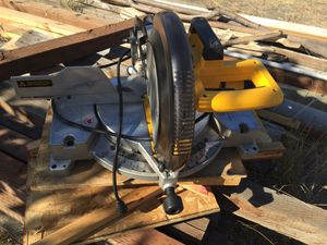 """12"""" single bevel miter saw for Sale in Pasco, WA"""