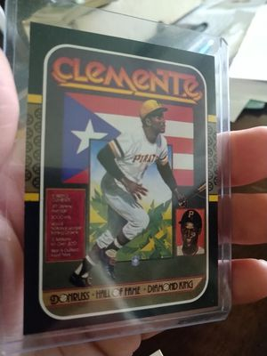 Roberto clemente 1987 Donruss SP Baseball Card plus full puzzle set for Sale in Tampa, FL