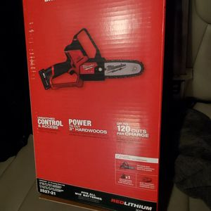 Milwaukee M12 Fuel Chainsaw Kit for Sale in Columbus, OH