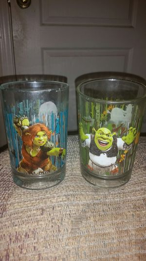 2 Sherk McDonalds Glasses. NEVER USED IN EXCELLENT CONDITION. *Both for 20$ AND A FREE NIGHTMARE BEFORE CHRISTMAS NECKLACE for Sale in Litchfield Park, AZ
