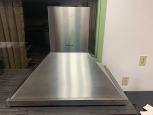 "Faber 30"" NOVA PRO CONVERTIBLE RANGE HOOD. Model NOPR30SSN for Sale in Pittsburgh, PA"