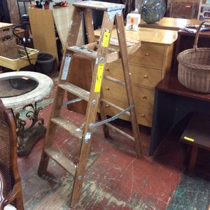 Great Condition 5ft wooden Painters Ladder for Sale in Mendon, MA