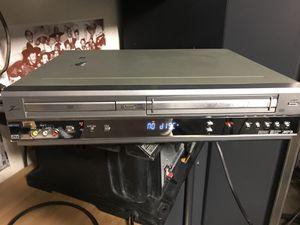 DVD y VHS for Sale in Sanger, CA