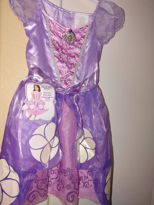 New Sophia little girls costume size 5t/ Disfras de Nina talla 5t for Sale in Phoenix, AZ