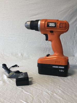 Black & Decker Drill 18v for Sale in Armstrong, IA