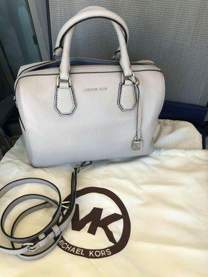 New Michael kors authentic bag for Sale in San Antonio, TX