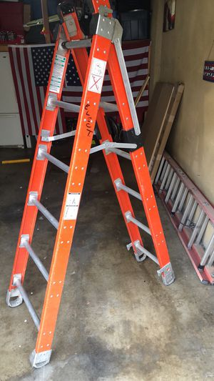 12 ft Extension ladder / 6 ft step ladder for Sale in Walnut, CA