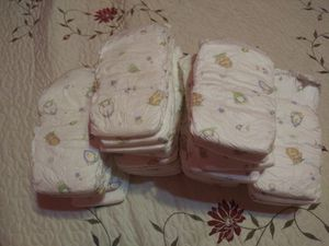 Baby pampers size 5 for Sale in Los Angeles, CA