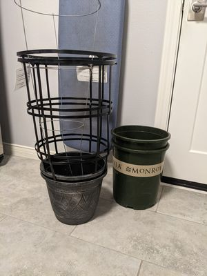Containers for Plants for Sale in Richardson, TX