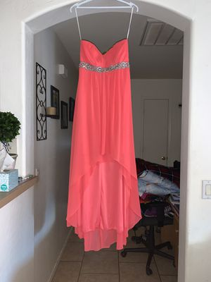 Coral prom dress only wore once. $50.00 obo size small for Sale in Tolleson, AZ