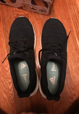Adidas Ultra Boost Parley Size 8.5 Men's for Sale in Boston, MA