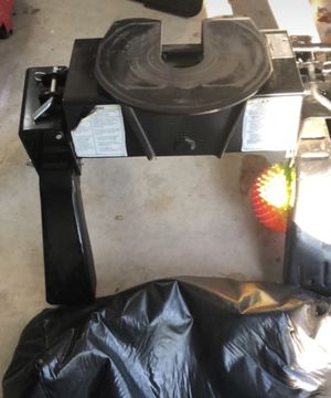 Reese 15k 5th wheel hitch for Sale in Columbus, GA