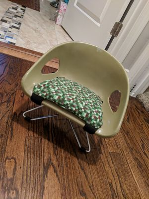 Minecraft - kids, chair, antique for Sale in St. Louis, MO