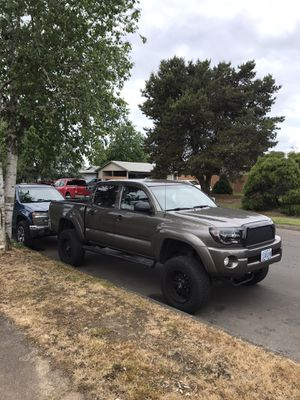Toyota Tacoma 2009 manual for Sale in Carlton, OR