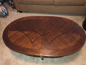 Real Wood Brown Coffee Table w / end table for Sale in Hampton, VA