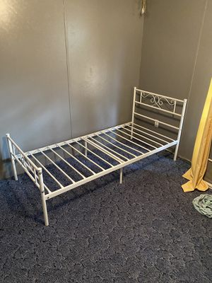 Twin bed frame for Sale in Estancia, NM