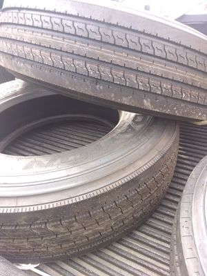 Truck tires for Sale in Sebring, FL