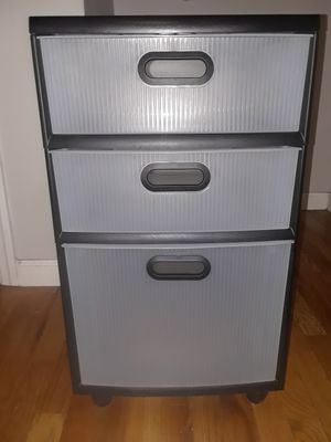 Plastic 3 drawer storage cart for Sale in Brooklyn, NY