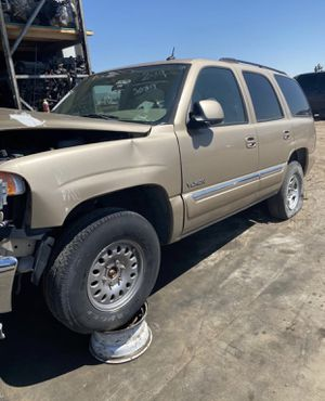 2005 GMC YUKON 4x4 5.3 ENGINE FOR PARTS — 90 DAY WARRANTY ENGINE AND TRANS WE DELIVER for Sale in Hesperia, CA