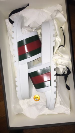 Gucci web slides for Sale in Cleveland, OH
