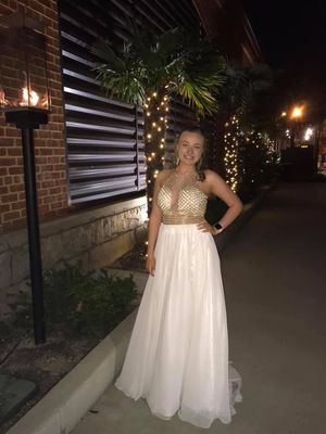 Vienna Prom dress for Sale in Columbia, SC