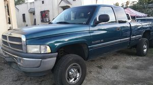 99 Dodge Ram2500 for Sale in Los Angeles, CA