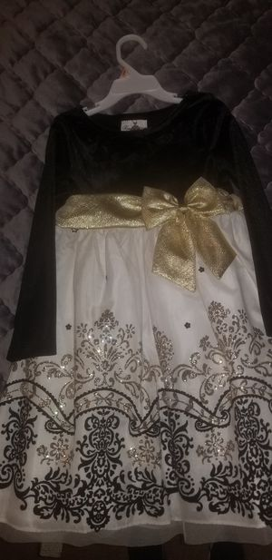 Girls dress size 5 for Sale in Humble, TX