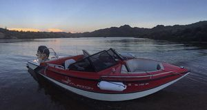 1991 Ski Centurion 200hp **Runs great w/ tubes and wakeboard!!** for Sale in Scottsdale, AZ