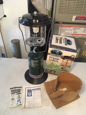 AMERICAN CAMPER double mantle propane lantern like Coleman for Sale in Hesperia, CA