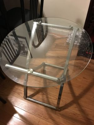 End table for Sale in Philadelphia, PA