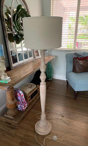 Pottery barn floor lamp for Sale in Miami, FL
