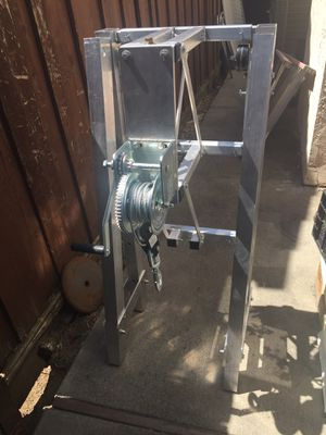 Winch 1500 lbs capacity for Sale in San Jose, CA
