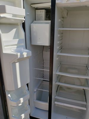 Free Maytag refrigerator for Sale in Glendora, CA