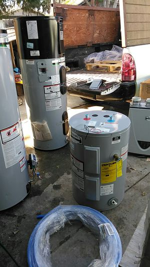 Water heaters electric and gas for Sale in San Bernardino, CA