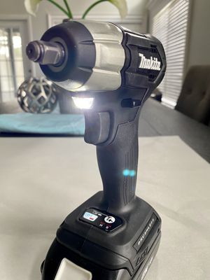 """Makita XWT12 Black Li-Ion 18V LXT Brushless 3/8"""" Square Impact Wrench +2AH BATTERY ⚡️BRAND NEW ⚡️ for Sale in Winter Springs, FL"""