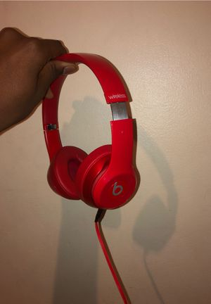 Beats solo Wireless Headphones+Cord for Sale in Chicago, IL